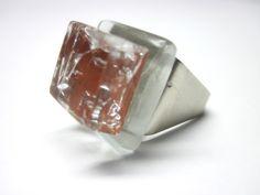Vidro  Marrom / incolor / brilhos  Base metal  n 19  2 x 2 cm R$35,00