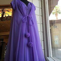 Vintage-1960s-70s-Lucie Ann Claire Sandra.Orchid,Purple Peignoir,Pom Pom Set. Size small, 32. #300