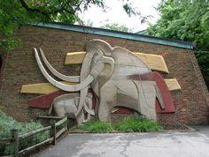 Century, Mediado Del, Cleveland Rocks, Cleveland Zoos, Viktor Schreckengost, Historical Pottery, Art Designs, Art Urbano, Beyond
