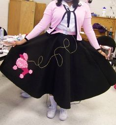 Another classic poodle skirt--the sweater was a thrift store find! retro vintage clothing fashion pink black white - pink and black tie front cardigan, white button down blouse, pink waist belt, black circle skirt, white socks Black White Pink, Black Tie, Pink Fashion, Fashion Dresses, Black Circle Skirts, Vintage Outfits, Vintage Clothing, 50s Dresses, Fancy Dress