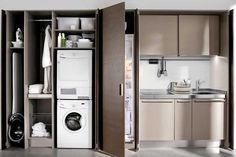 ARCLINEA Appartiene alla serie Spatia la cucina con dispensa tuttofare. L'ampia componibilità consente di risolvere le funzioni più diverse ...