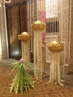 Lotus stands Diy Diwali Decorations, Home Wedding Decorations, Flower Decorations, Floral Centerpieces, Floral Arrangements, Flower Decoration For Ganpati, Janmashtami Decoration, Indian Theme, Flower Rangoli