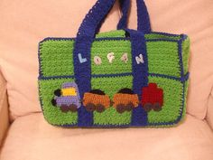 Ravelry: Eight-Pocket Two-Tone Carryall Tote by Margaret Hubert
