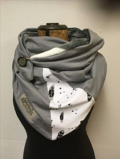 celine hiddak's media content and analytics Sewing Scarves, Sewing Clothes, Diy Clothes, Blog Couture, Creation Couture, Diy Mode, Diy Scarf, Neck Scarves, Neck Warmer