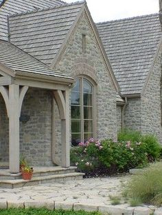 My French Country Style: French Country Roof Designs