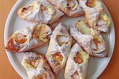 Schnelle Blätterteig - Vanillepuddingteilchen (Rezept mit Bild) | Chefkoch.de