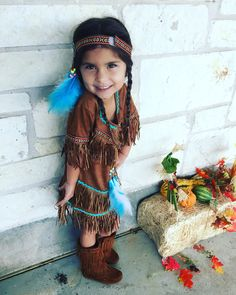 Indian costume-toddler. Native American princess