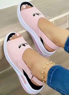 Fashion Slippers, Fashion Sandals, Casual Sneakers, Casual Shoes, African Fashion Traditional, Fresh Shoes, Shoe Pattern, Shoes Heels Wedges, Sport Sandals