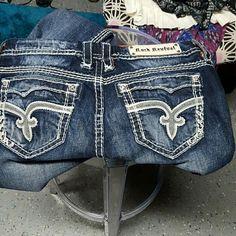 rocks revival super hot very cute size 32 inseam 29 Rock Revival Jeans Boyfriend