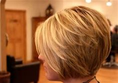 Short bob hairstyles for thick hair. Short bob haircuts with bangs. Short bob hairstyles for wavy hair. Bob Haircut With Bangs, Haircut For Thick Hair, Short Bob Haircuts, Wavy Hair, New Hair, Thin Hair, Stacked Haircuts, Thick Hair Bobs, Thick Short Hair Cuts