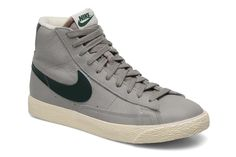 Wmns Blazer Mid Lthr Vintage Nike (Gris) : livraison gratuite de vos Baskets Wmns Blazer Mid Lthr Vintage Nike chez Sarenza
