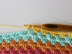 granny stripes - makes me want to get my crochet needles back out! Love the bright colors. Crochet Bebe, Knit Or Crochet, Crochet Granny, Learn To Crochet, Crochet Crafts, Yarn Crafts, Crochet Projects, Crochet Needles, Crochet Ideas