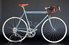 Google Image Result for http://www.cycleexif.com/wp-content/uploads/2012/08/vendetta-cycles-english-racer-1.jpg
