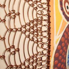 Oeuf décoré avec un fil noué : drotárstvo ou drátkování, Slovaquie