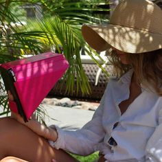 Philbert designs and develops beautiful, innovative accessories and gadgets for laptops, tablets and smartphones, Sun Shade, Danish Design, Innovation, Smartphone, Gadgets, Accessories, Beautiful, News, Cover