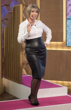 Ruth Langsford accuses Eamonn Holmes of dressing her like a 'sexy secretary' during This Morning fashion segment This Morning Fashion, Ruth Langsford, Leder Outfits, Beautiful Old Woman, Rocker, Mature Fashion, Leather Dresses, Leather Skirts, Sexy Older Women