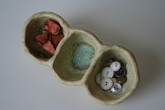 three sectioned pinch pot