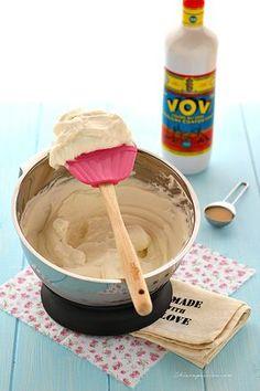 gelato-senza-gelatiera Nigella Lawson, Tasty, Yummy Food, Oreo, Mousse, Icing, Sweet Tooth, Frozen, Food And Drink