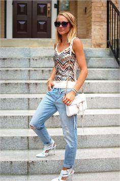 sequins + boyfriend jeans #what2wearblog