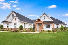 Modern Craftsman, Craftsman Style House Plans, Modern Farmhouse Plans, Craftsman Homes, Farmhouse Style Homes, Craftsman Style Exterior, Craftsman Farmhouse, Cottage Style House Plans, Cottage Plan
