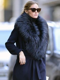 Olivia Palermo looks so warm in her fur collar coat Fashion Mode, Fur Fashion, Look Fashion, Fashion Beauty, Street Fashion, Latest Fashion, Street Chic, Paris Fashion, Paris Street