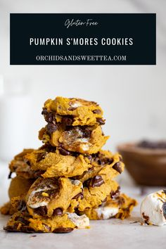 Gluten-Free Pumpkin S'Mores Cookies—-the epitome of Fall + Comfort in every single bite. These cookies are incredibly soft and chewy! Made with gluten-free ingredients, these cookies are easy, thick, perfectly bite-size and bursting with pumpkin, spice, + S'Mores flavors (Marshmallows + Chocolate), which work so amazing together! This is the perfect sweet indulge for the entire family during the Fall/Winter seasons. #cookies #glutenfree #glutenfreecookies #pumpkin #smores #fallrecipe… Vegan Dessert Recipes, Gf Recipes, Vegan Recipes Easy, Pumpkin Recipes, Fall Recipes, Baking Recipes, Thanksgiving Recipes, Vegetarian Recipes, Gluten Free Pumpkin