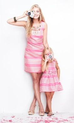 Mommy and Me Fashion / Matching Outfits Mother Daughter Matching Outfits, Mother Daughter Fashion, Mommy And Me Outfits, Mom Daughter, Family Outfits, Girl Outfits, Daughters, Mommy And Me Dresses, 30 Outfits