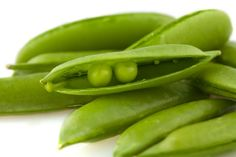 Sweet and crunchy, sugar snap peas can be eaten pods and all. Plumper than snow peas, these pods remain tender as they mature. Shrimp Pad Thai, Fruits And Veggies, Vegetables, Whats In Season, Pea Pods, Sugar Snap Peas, Seed Packets, Vegetable Recipes, Sprouts