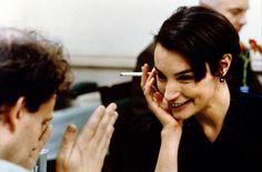 Dieu seul me voit (Versailles-Chantiers) by Bruno Podalydès #JeanneBalibar Jeanne Balibar, Films Récents, Burlesque, Girl Smoking, Concert, Cinema, Bruno, Gauche, Fictional Characters