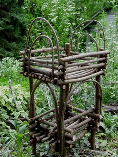 Twig plant stand