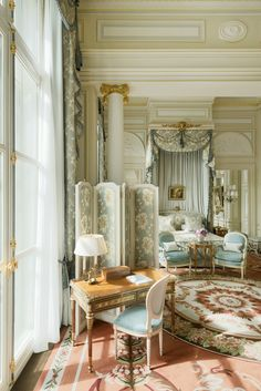 Home Decoration Ideas For Pooja Ritz Paris: Luxury Hotel 5 stars Place Vendme.Home Decoration Ideas For Pooja Ritz Paris: Luxury Hotel 5 stars Place Vendme Interior Styling, Interior Decorating, Interior Design, Castle Bedroom, Royal Bedroom, French Interior, Interior Exterior, Luxurious Bedrooms, My New Room