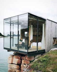 Stay At Manshausen Island Resort Nordland Norway – House Architecture Design Exterior, Interior And Exterior, Future House, My House, Pyramid House, Tiny Mobile House, Boutique Homes, Island Resort, Cheap Home Decor