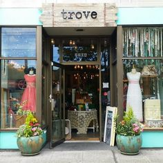 Trove Vintage Boutique: An amazing boutique in the Ballard neighborhood of Seattle