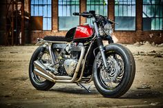 RATE THIS BUILDReader Rating 1 Vote10.0 Kingston Customs – Bratxton The new water-cooled 1200cc Triumph Thruxton is undeniably a superb motorcycle out of the crate, but when it comes to being customised, I didn't feel it was the pick of the Classic Twin line-up. The entry-level Street Twin and T120 I felt offered better starting …