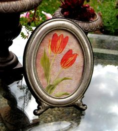 Vintage Silver frame in an oval shape with by jensdreamvintage, $14.50