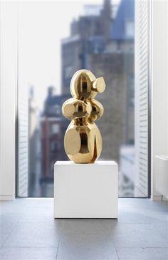Emile Gilioli - La Poupée, 1962, polished bronze