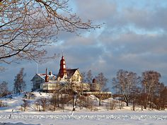 """Summer restaurant Saaristo also known as """"Klippan"""" looks beautiful closed in the winter time as well. #Helsinki #SpottedByLocals"""