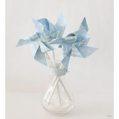 Moulin à vent bleu ciel à pois