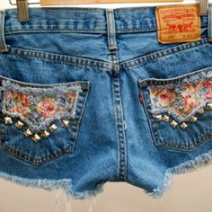 Floral studded denim shorts
