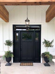 Black Exterior Doors, White Exterior Houses, Black Front Doors, Painted Front Doors, Modern Farmhouse Exterior, Exterior House Colors, Craftsman Door Exterior, Farmhouse Style, Farmhouse Front Doors