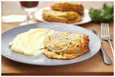 Vinná klobása v těstíčku a bramborová kaše  http://www.tescorecepty.cz/recepty/detail/265-vinna-klobasa-v-testicku-a-bramborova-kase