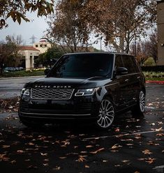 Range Rover White, Range Rover Car, Range Rovers, Large Suv, Range Rover Supercharged, Lux Cars, Top Luxury Cars, Its A Mans World, Sport Cars