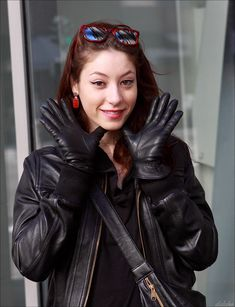 Untitled   Dave   Flickr Gloves Fashion, Lady, People, Leather, Photography, Gloves, Photograph, Fotografie, Photoshoot
