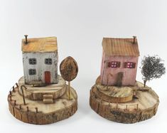 Kurgu Kraft (@kurgukraft) on Instagram: Two more cottages in autumn colors... #elyapımı #minyaturobje #minyatürev #minyaturev #minyatürahşapev #minyaturahsap #minyaturdekor #ahsapdekor #littlewoodenhouses #driftwoodart
