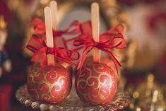 Festa Provençal - Site Oficial: O reinado do Heitor! Cake Smash Outfit Boy, Boy Birthday, Christmas Bulbs, Birthdays, Quinceanera Ideas, Holiday Decor, Mj, Yuri, Design