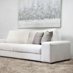 Puhtaan valkoista ja ihanan talvisia sävyjä ❄❄❄ Malli: Tokyo Verhoilu: Kangas, Lens Vaihtoehdot: 2- ja 3-istuttava sohva, modulisohva, recliner, tuoli Jälleenmyyjä: Masku-myymälät  #pohjanmaan #pohjanmaankaluste  #koti #sohva #olohuone #livingroominspo #livingroomdecor