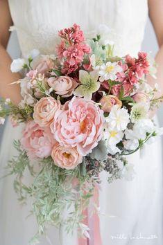 Amazing floral arrangement on this wedding bouquet! Blush Wedding Flowers, Bridal Flowers, Flower Bouquet Wedding, Bridesmaid Bouquet, Floral Wedding, Pink Bouquet, Flower Crown, Floral Arrangements, Beautiful Flowers