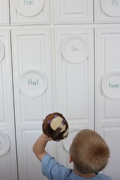 Sight Word Target Practice - Great idea for a sight word center. Place sight words on a plate and have students toss to locate the word