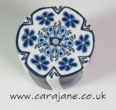FREE TUTORIAL: Delft-inspired polymer clay cane by Cara Jane.