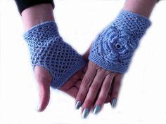 Crochet Lavender Fishnet Fingerless Gloves Mittens by MilenaCh,